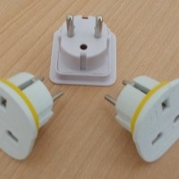 Travel adaptors AC 3 to 2 pin